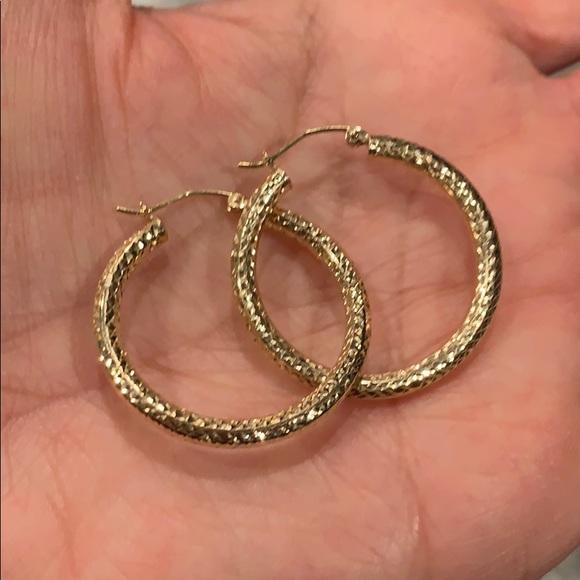699d5c488c573 14k Solid Yellow Gold Hoop Earrings